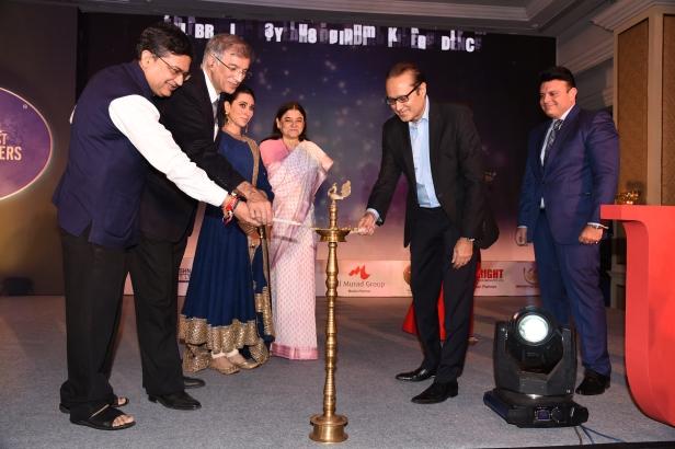(L-R) Ashish Chauhan, Niranjan Hiranandani, Karisma Kapoor, Maneka Gandhi, Vineet Jain and Rajat Shukal